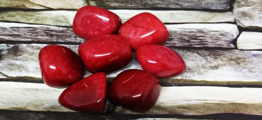 Jade Vermelha: Significados, Propriedades e Poderes, Propriedades da Jade Vermelha, Estrutura da Jasde Vermelha, Preço da Jade Vermelha, Jade Vermelha, Cura e Saúde, Jade Vermelha e Riqueza, Jade Vermelha, Amor e Relações, Poder da Jade Vermelha, Jade, Jade, Jade, Significado das Pedras