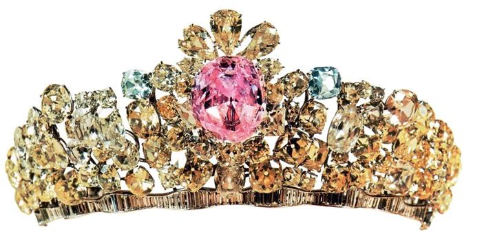 diamante rosa mais caro, diamante mais famoso, Noor-Ul-Ain Pink Diamond