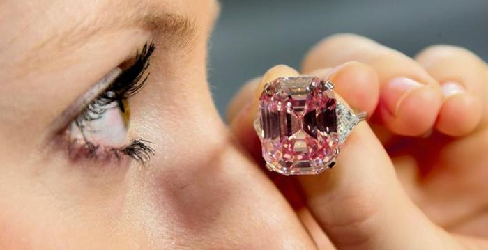 Os Diamantes Cor-de-Rosa Mais Famosos do Mundo
